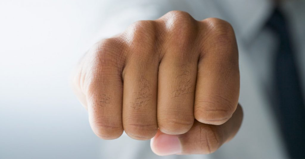 What Causes Dark Knuckles and How Can You Get Rid of Dark Knuckles?